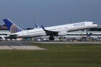 Photo: United Airlines, Boeing 757-200, N34137